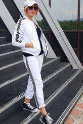 2346 Куртка-ветровка белая на подкладе