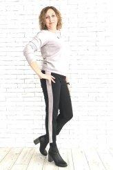 брюки теплые с высокой талией и серым лампасом